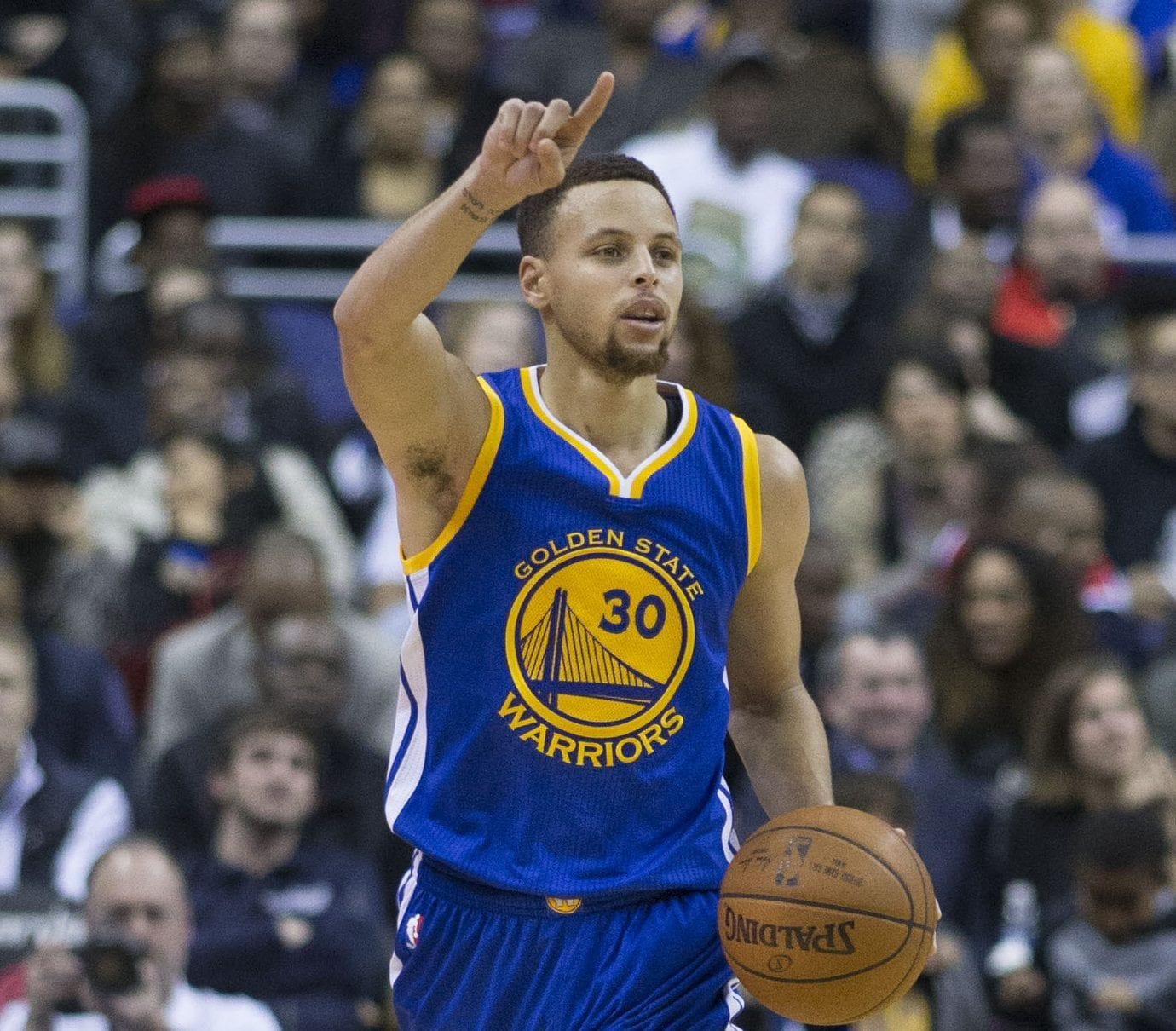 Stephen Curry Basketball: Stephen Curry Thanks God After Helping Team To Fourth